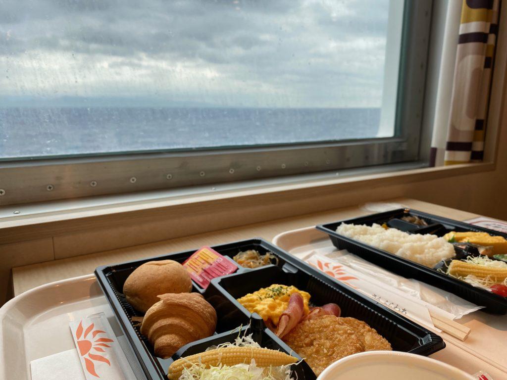 さんふらわあきりしま船内の朝食