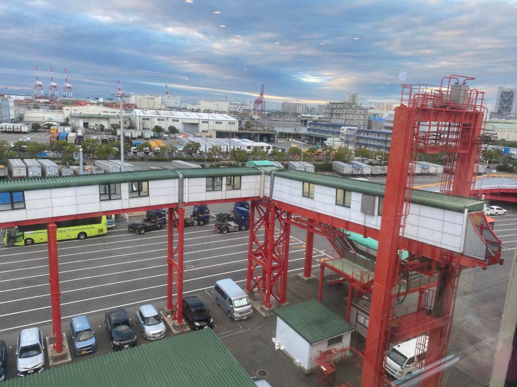 神戸港 阪九フェリーターミナル